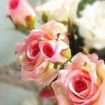 Fleurs Artificielles,Fleur Plastique Fausse Fleur Roses 9 Chefs en Soie Bouquet Mariage pour fête de Jardin à la Maison Décor(rose-blanc) de la marque gemdragon image 1 produit