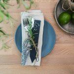 Navaris Set de 10 étiquettes ardoise - pour plantes taille S - Matériel jardinage signets inscriptibles 15 x 2,5cm pour jardin ou balcon avec craie de la marque Navaris image 1 produit